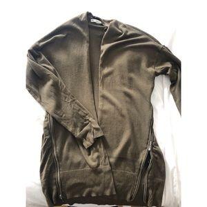 Zara Sweaters - Zara zipper cardigan